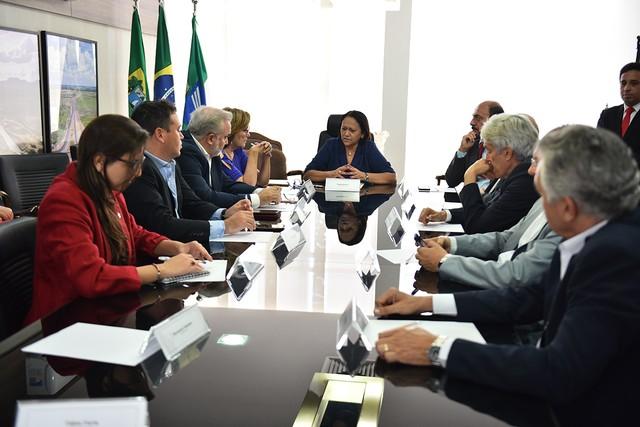 Governadora e parlamentares querem reunião com Bolsonaro e Paulo Guedes para discutir crise financeira do RN