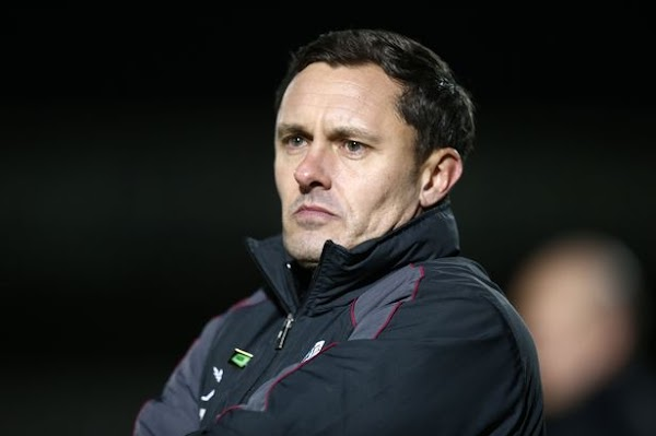 Oficial: Grimsby Town, firma el técnico Paul Hurst