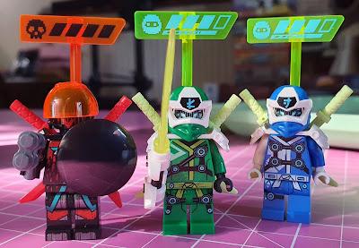 LEGO Empire temple of madness Ninjago minifigures in set