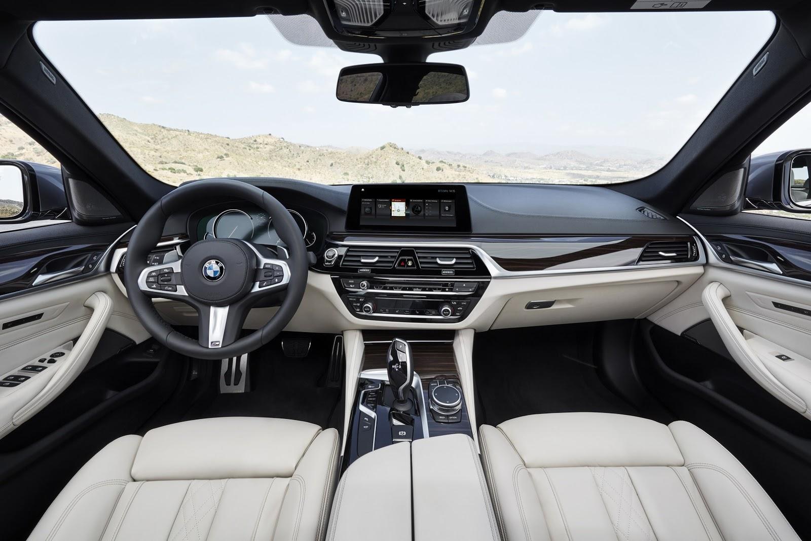 2017-BMW-5-Series-75.jpg