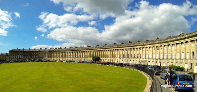 The Royal Crescent, conjunto de residências aristocráticas em Bath, Inglaterra