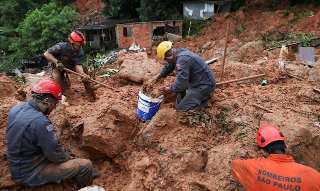 TRAGEDIA: Chega 19 o números mortos  vítimas das chuvas no Rio