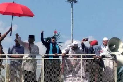 Orasi Mantan Penasihat KPK: Jokowi dan Menterinya Munafik