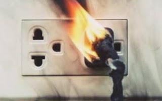 كيف يحدث الحريق بسبب الكهرباء