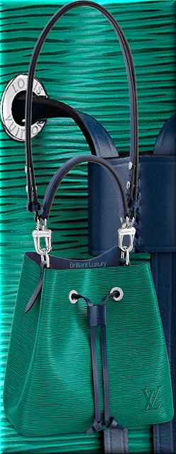 Louis Vuitton NéoNoé BB bucket bag in vert emeraude green and indigo blue trim #bags #louisvuitton #brilliantluxury
