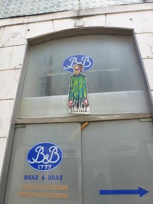 Arbeiten auf Papier - Tinta Crua in Lissabon