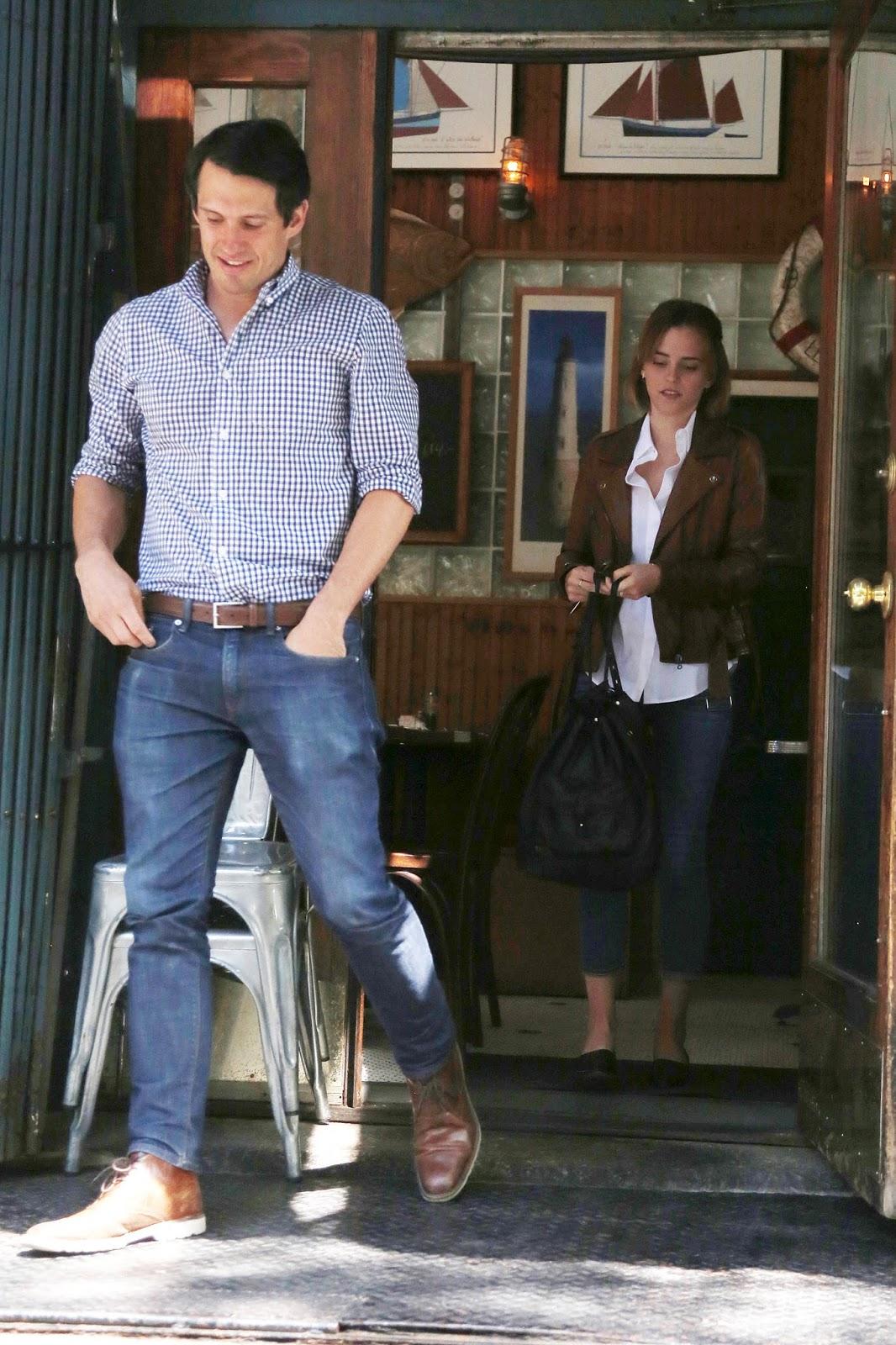 Emma Watson Updates: Emma Watson and Knight in NYC [April ...