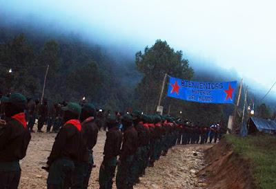 Zapatistas reciben a Marichuy en el Caracol de Morelia