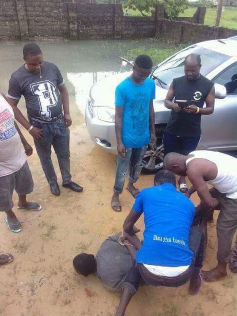 Lucky Robber stealing in a Church in Warri gets caught and prayed for