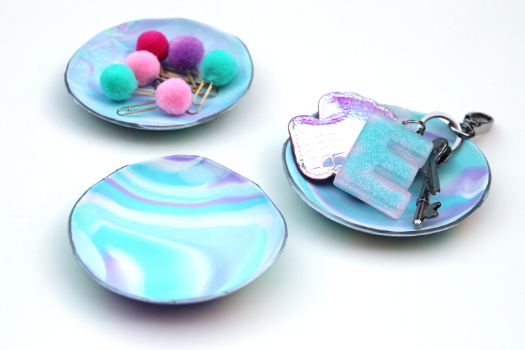 DIY MARBLED CLAY CATCH-ALL DISHES