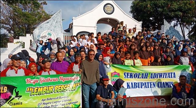 World Cleanup Day (WCD) Dipusatkan di Situs Jambansari