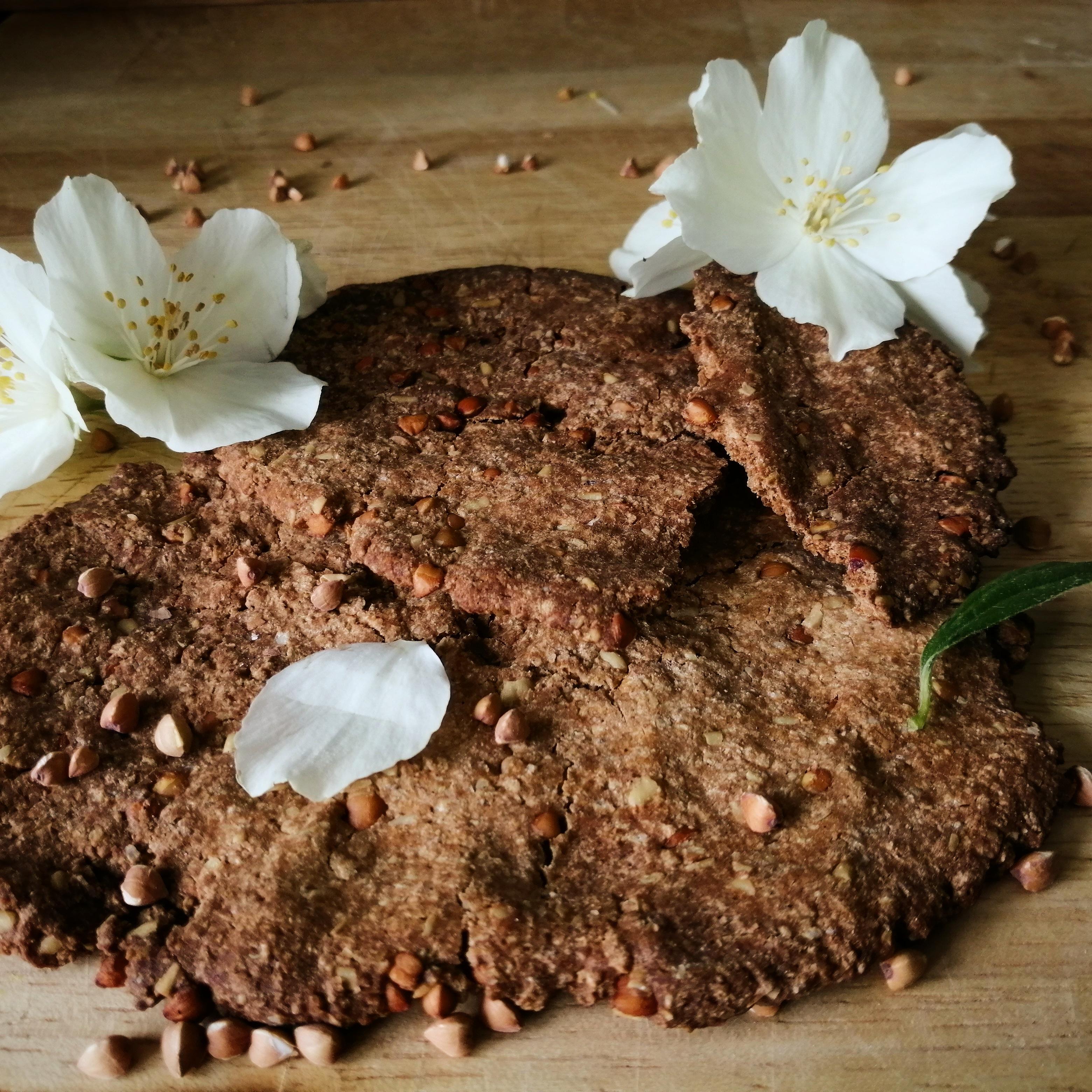 Biscuits croustillants avoine, châtaogne, noix de coco (vegan, végétalien, sans gluten, sans lactose, sans oeuf)