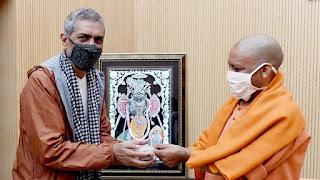 prakash-jha-meet-yogi