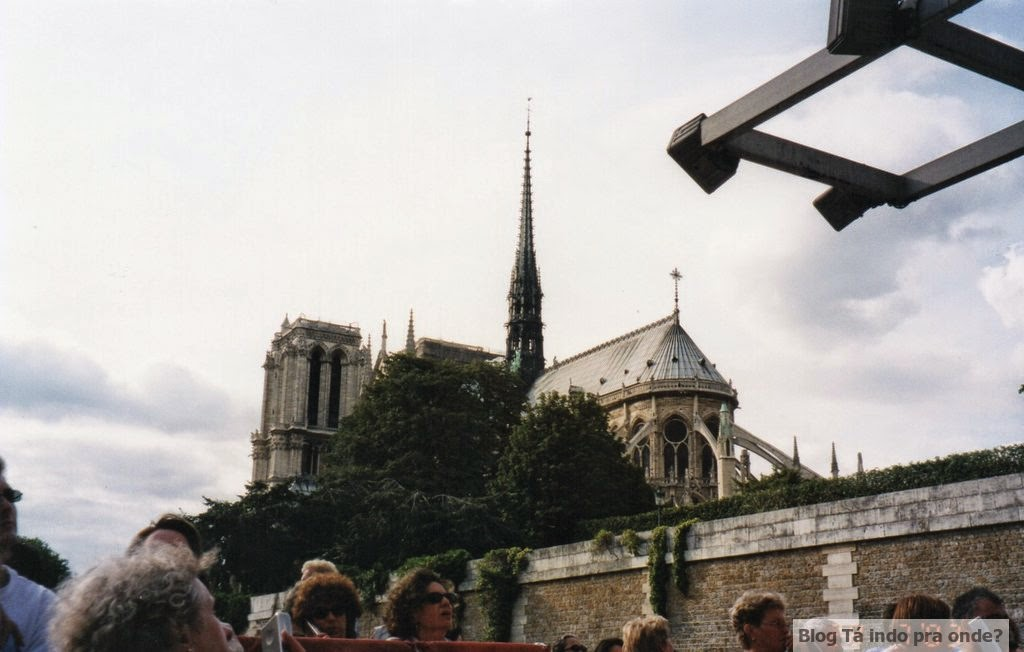 cruzeiro pelo Rio Sena - Paris