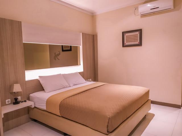 ruang-kamar-kertanegara-premium-guest-house