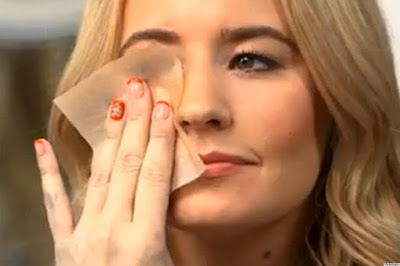 check your own skin type, dry skin, lifestyle, normal skin, oily skin, Skin care, skin type, symptoms of normal skin, symptoms of oily skin, symptoms of rough skin,