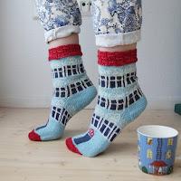 https://laukkumatka.blogspot.com/2019/07/muumitalosukat-moomin-house-socks.html