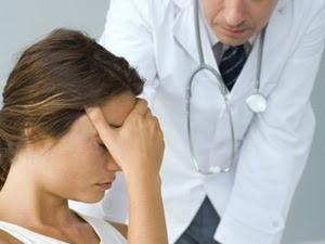 Dấu hiệu ung thư buồng trứng thường bị nhầm lẫn
