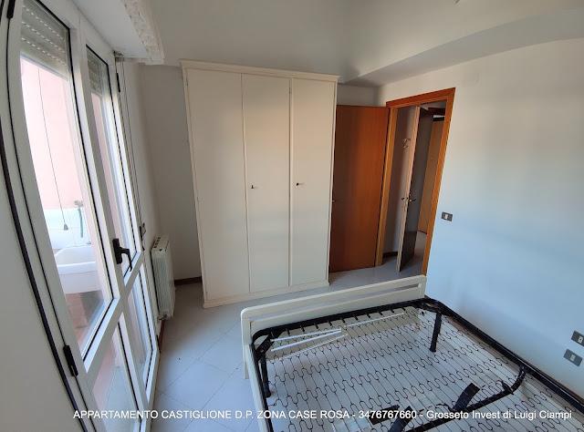 Camera, Castiglione-della-Pescaia, case rosa, appartamento trilocale