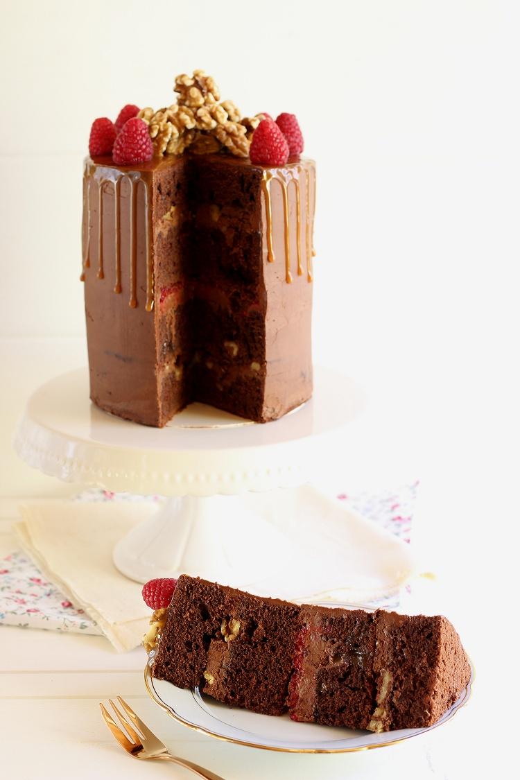 Schokoladen-Karamell-Walnuss-Himbeer-Torte - Drip Cake 2