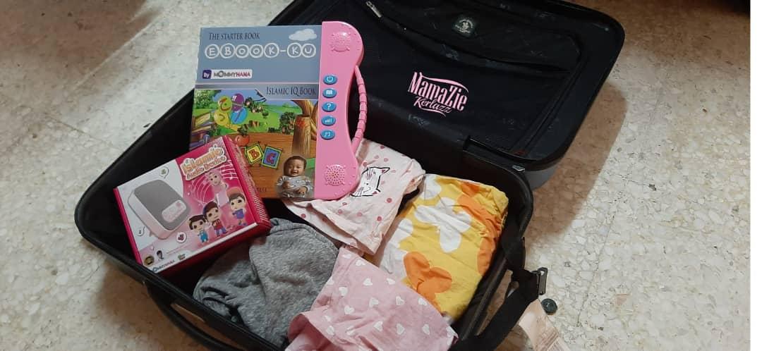 5 benda wajib bawa masa travel dengan bayo, baby sadoo, izliyah kitxhen baby food, rush baby food, mamz spray,ebookku islamic