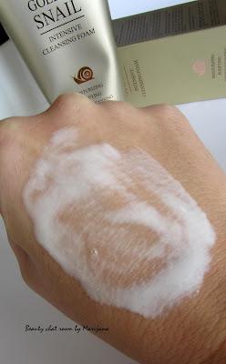 skin79_golden_snai_intensive_cleansing_foam