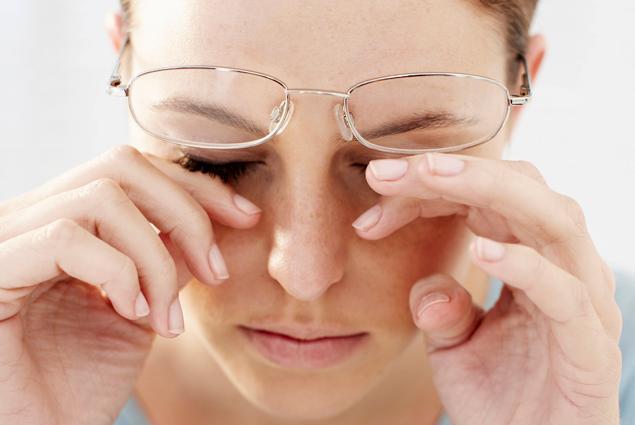 Khi bị đau mắt và đau mắt đỏ không nên ăn gì?