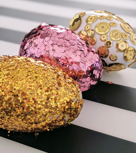 decorate Easter eggs with kids sparkly Easter eggs