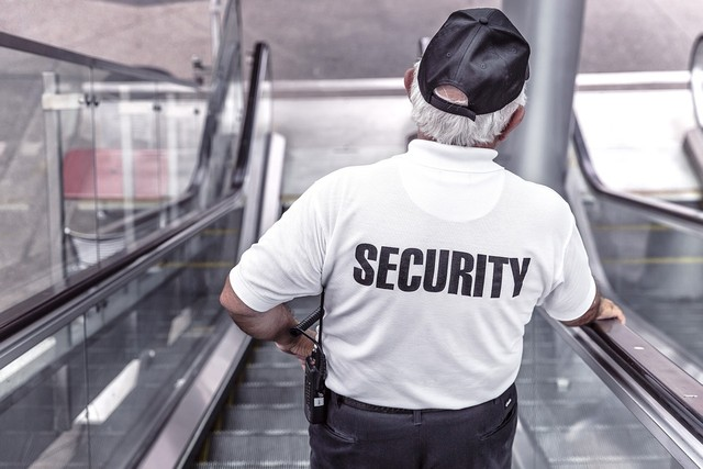 Sernac advierte a supermercados por maltrato a clientes