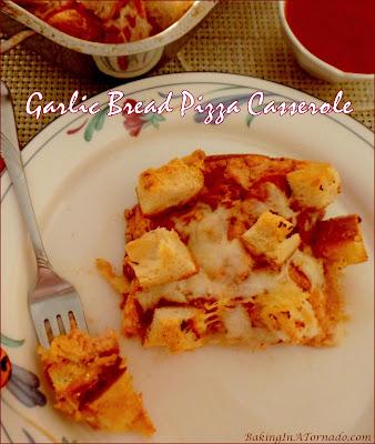 Garlic Bread Pizza Casserole, garlic bread meets pizza meets lasagna in this family friendly dinner. Recipe developed by www.BakingInATornado.com | #recipe #dinner