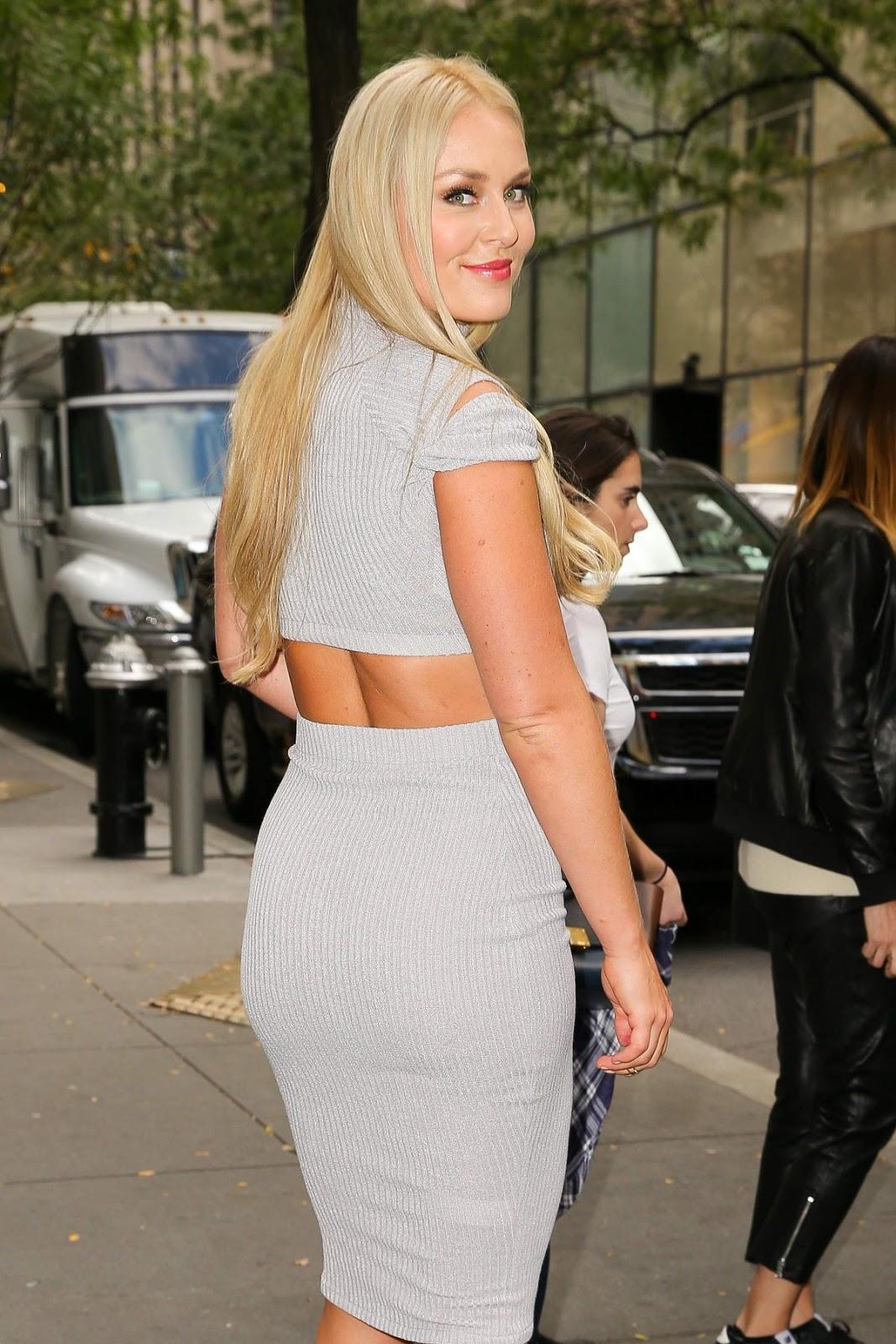 Lindsey Vonn Booty in Tight Dress