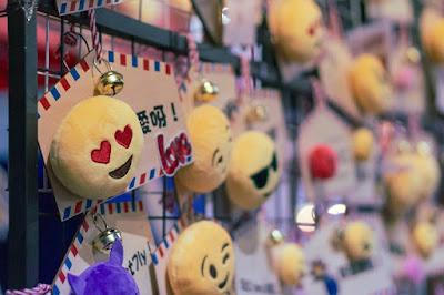 Emoji meaning in Hindi (2020) - इमोजी क्या है? हिंदी में जानिए (2020)