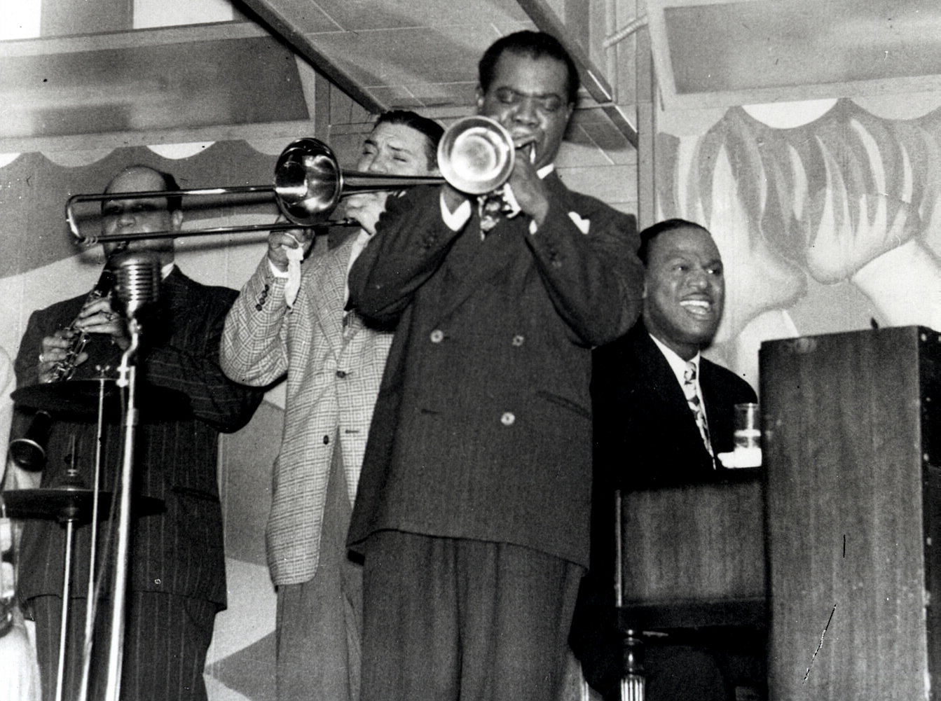 The House History Man: Jazz, Drugs, Murder and the 1940s ... Earl Hines And Louis Armstrong