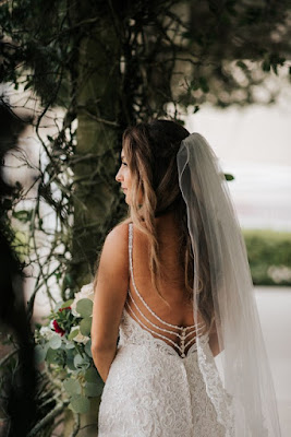 stunning wedding dress back