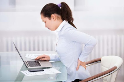 Simple Stretch Exercises To Get Rid Of Annoying Back Pain (10 Images)