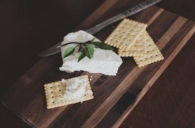 هل الجبن الكيري مسموح في الكيتو؟