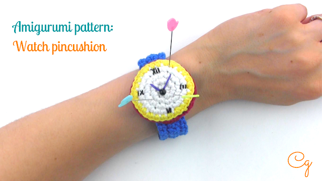 free-crochet-pattern-english-amigurumi-watch-crochet-pincushion