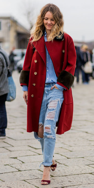 From casual outfits for family reunions to crazy trendy party outfits, we've got your back see these 24 Best Christmas Outfits You Can Shop this Holiday Season. | Red long coat | #christmas #holiday #newyear #coat