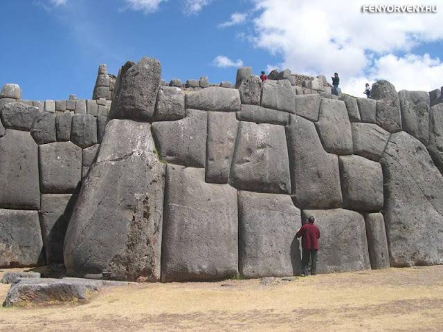Cuzco lenyűgöző megalitikus romjai