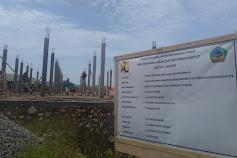 Kembali Habiskan Rp1,3 Miliar, Proyek Lanjutan Pembuatan Panggung Upacara Lehong Dibangun di Atas Fondasi Retak