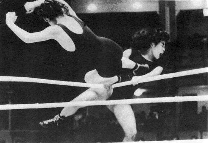 Old Women Wrestling 22