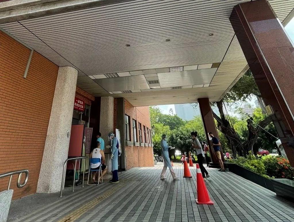台南返鄉一人快篩陽性|PCR檢測24小時後出爐|已返家先1人1室自我隔離