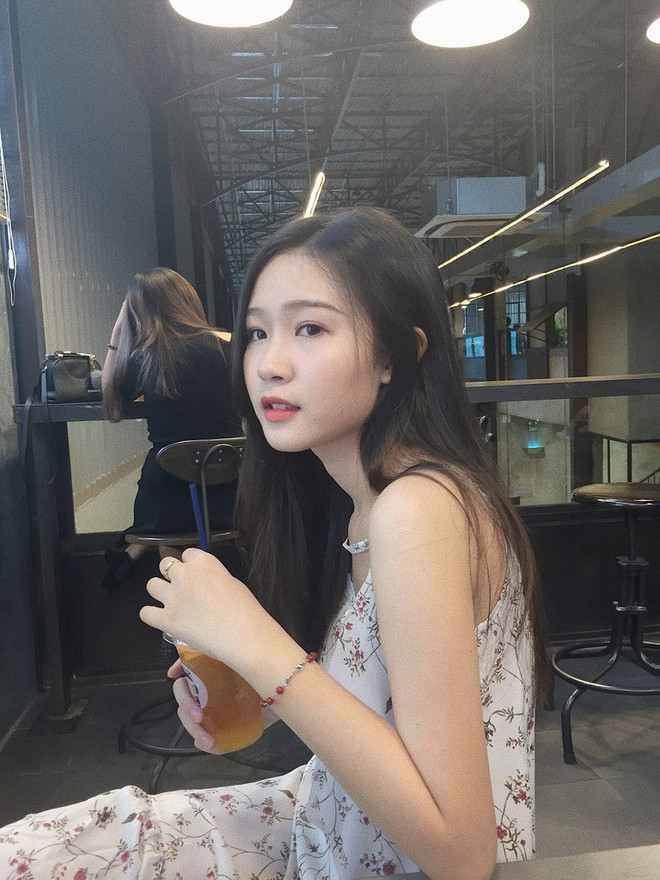 Thí sinh Hoa hậu Việt Nam gây sốt vì giống Đặng Thu Thảo