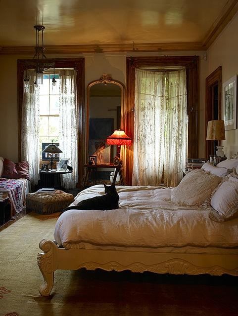 Bohemian Bedroom Romantic Color Gypsy Decor Gypsy: Rassel Una Gata De Biblioteca