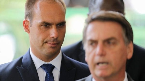 Hijo de Bolsonaro ratifica traslado de Embajada de Brasil a Jerusalén