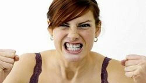 Yang membingungkan dari wanita (bab marah) ~ Momoe!