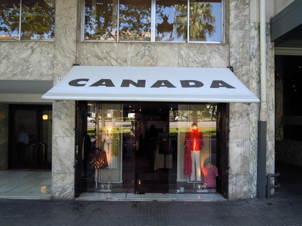 Tienda de ropa de marca para mujer 64cb2b75b49