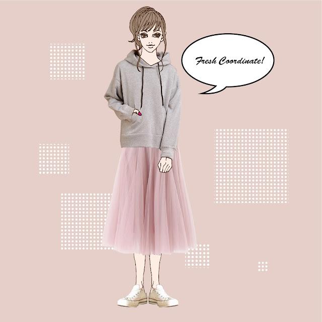 杢グレーのパーカーとピンクのチュールスカートのコーディネート