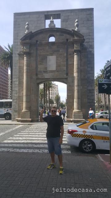 portal-cidade-velha-porta-entrada-cidade-velha-montevideu