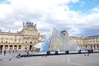 Paris : Pyramide du Louvre, le projet pharaonique de l'architecte Ieoh Ming Pei et de son grand commanditaire le président François Mitterrand - Ier